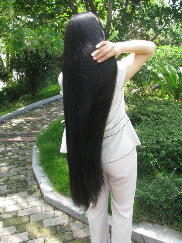 Из за постоянных стрессов выпадают волосы